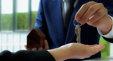 Taxes for foreigners when selling a home in Spain